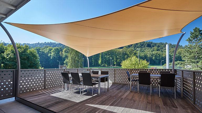 segellounge mit fundamentfreier st tzenmontage sitrag. Black Bedroom Furniture Sets. Home Design Ideas