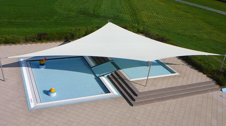 rechteckige sonnensegel in trapezform nach mass sitrag sonnensegel. Black Bedroom Furniture Sets. Home Design Ideas
