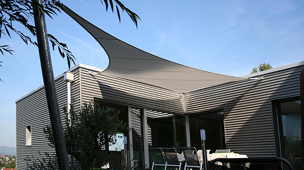 Eleganter Sonnenschutz Fur Ihre Terrasse Sitrag Sonnensegel