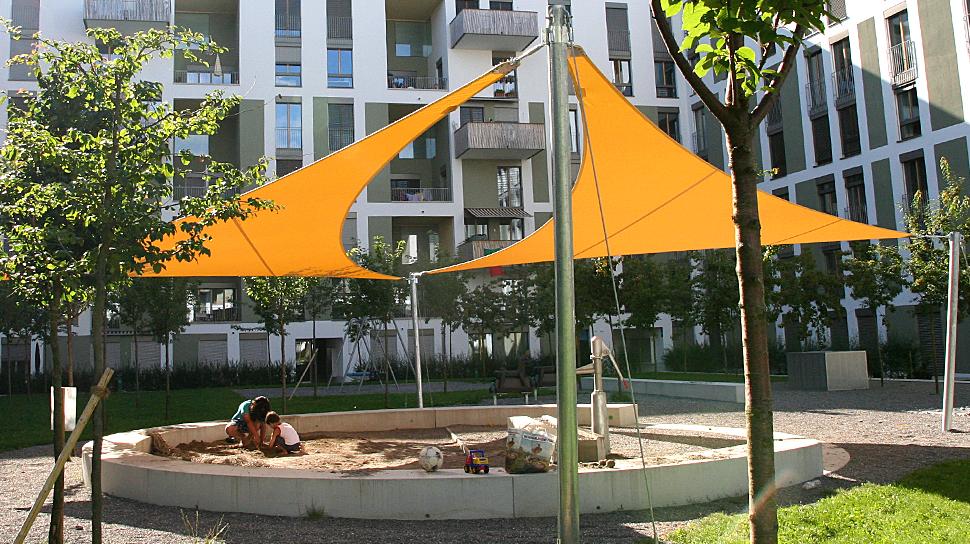 Elegante schattensegel die sch nste art der beschattung for Gartenplatz anlegen